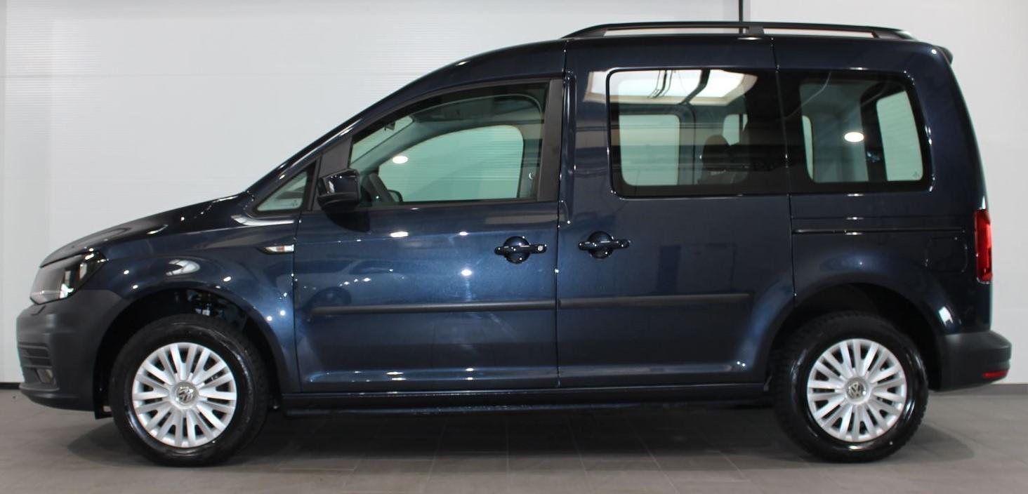 Caddy vor der Scheibentönung (Seitenansicht) in premium black